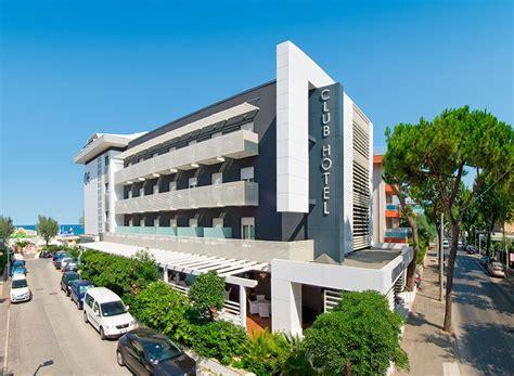 lavoro riccione hotel 3 stelle riccione superior albergo sul mare per
