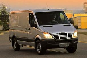 Mercedes Freightliner Daimler To Fix 43 000 Sprinter Vans In Takata