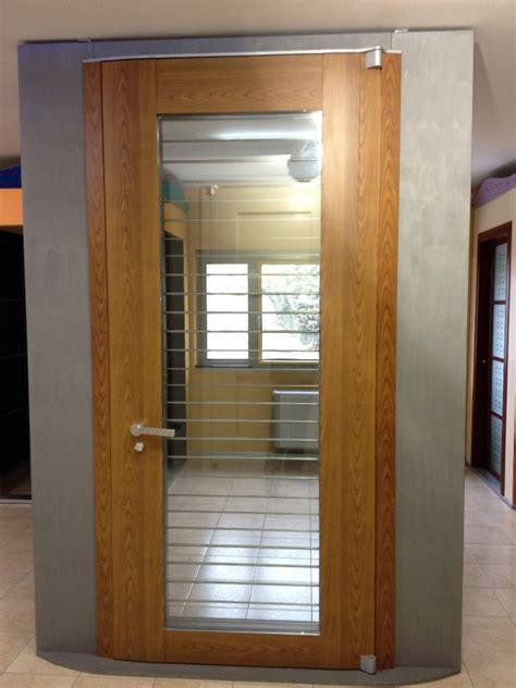 portone d ingresso foto portone d ingresso di f lli moscogiuro 66115