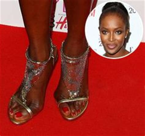 ugly feet pretty face check out 15 of the ugliest celeb famous feet gone bad on pinterest celebrity feet pretty