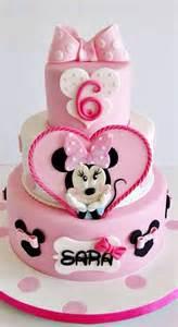 minnie maus kuchen 10 cutest minnie mouse cakes pretty my