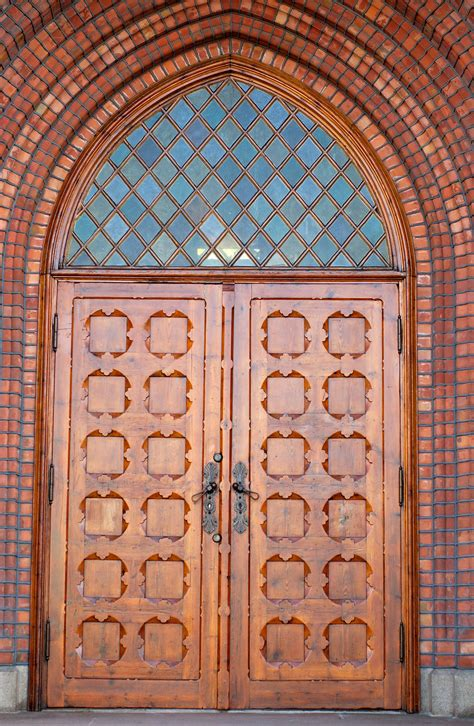 church front doors file uranienborg church front door jpg wikimedia commons
