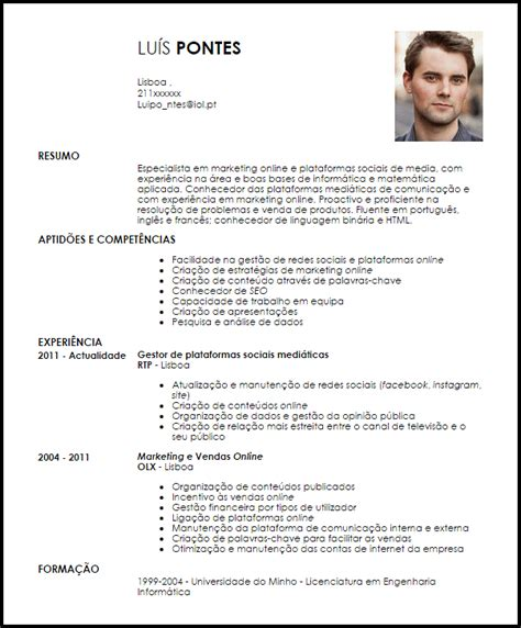 Modelo Curricular Reconstruccion Social Modelo Curriculum Vitae Especialista Em Marketing E Medias Sociais Livecareer