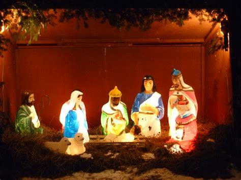 outdoor light up nativity 28 images nativity