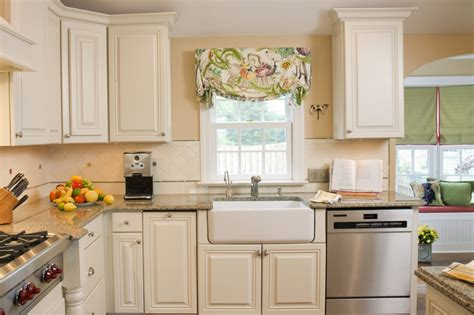 Kitchen Cabinet Finishes Ideas | painting ideas for kitchen cabinets wall small kitchen