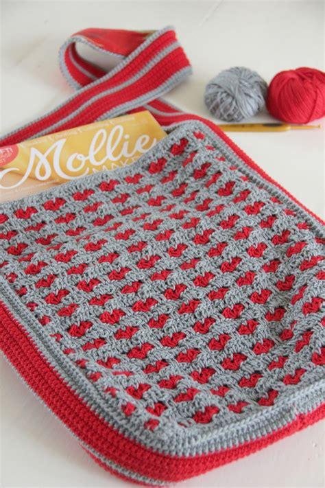 crochet bag pattern tutorial the heartfelt company crochet bag with hearts tutorial