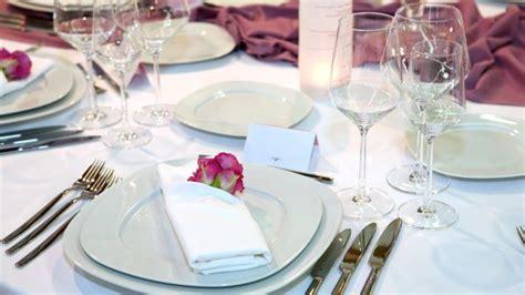 posizione dei bicchieri a tavola guida al giusto uso delle posate al ristorante ecco tutti