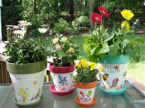 Pot Flowers Kaleng 36 best images about pot designs on pottery
