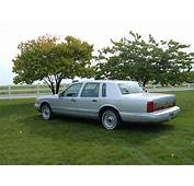 1996 Lincoln Town 2jpg  Wikimedia Commons