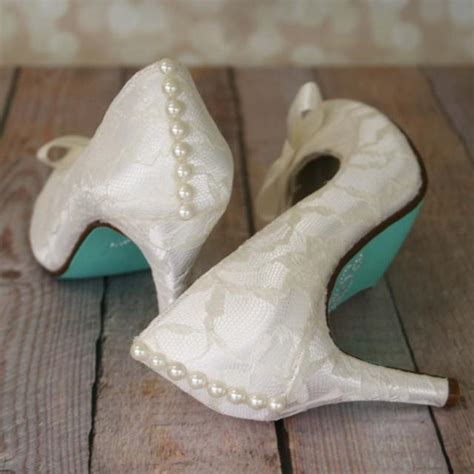Hochzeitsschuhe Satin by Ivory Wedding Shoes Ivory Closed Toe Wedding Heels With