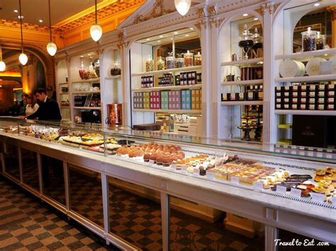 Sho Caviar Medan rue de rivoli travel to eat