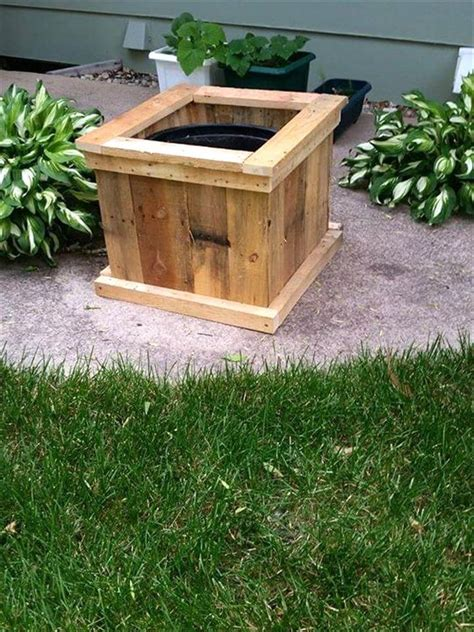 upcycled pallet planter designs easy pallet ideas