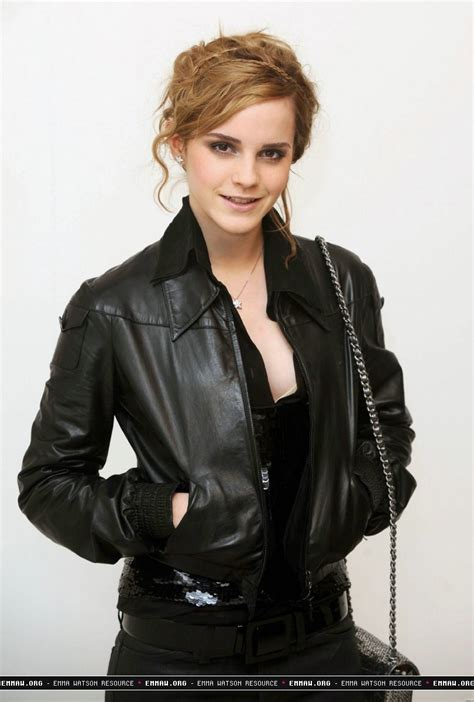 Is Watson To Be The New Of Chanel by Chanel Fashion Show Watson Photo 7683299 Fanpop