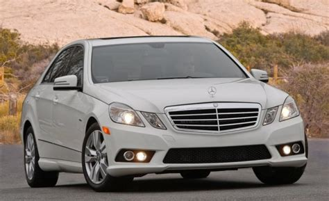 airbag deployment 2008 mercedes benz c class navigation system mercedes benz recalls 841 000 vehicles for takata airbags news car and driver car and