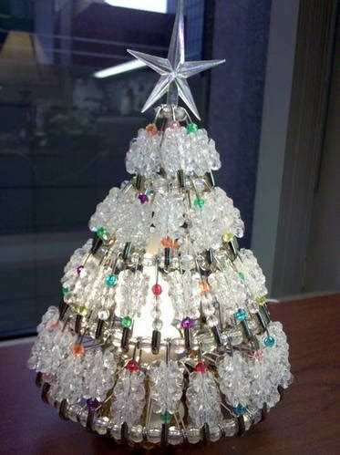 instructions for vintage safety pin christmas trees 7 inch light up safety pin tree easy to do occasions and holidays