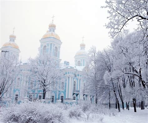 St Snow 10 reasons to spend in st petersburg