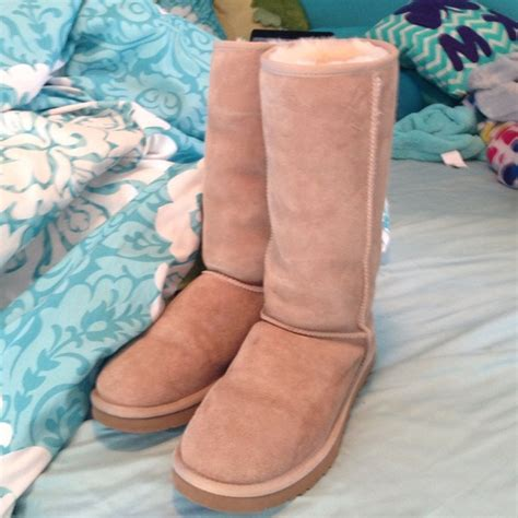 colored boots 5 ugg shoes ugg boots sand colored boots from