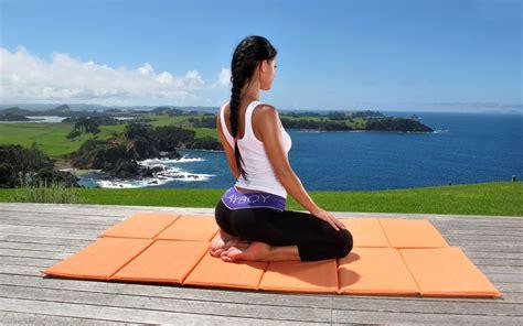 imagenes de hot yoga a beginners guide to yoga