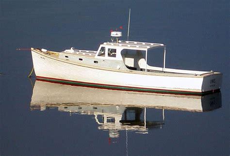 owl  wooden lobster yacht built  newbert wallace