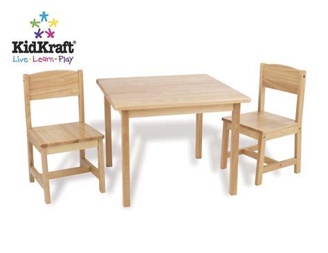 kidkraft farmhouse table 4 chairs 21421 kidkraft farmhouse table chair set