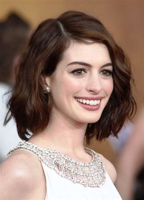 front haircut for women short hairstyles for oval faces with wavy hair face