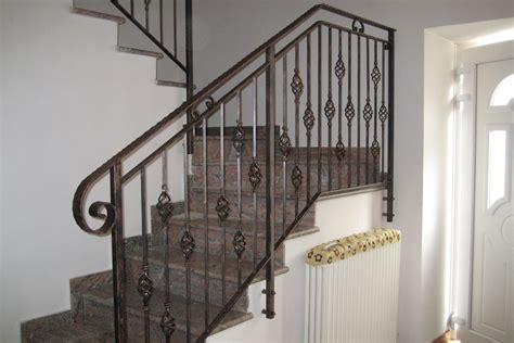 balaustre per scale interne colore ringhiera scala interna con ringhiere scale interne