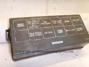 nissan patrol y61 2 8 rd28 97 13 relay fuse box lid top cover ebay