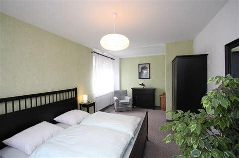 einzelschlafzimmer komplett ferienhaus hennigsdorf 220 bernachtung in oberhavel