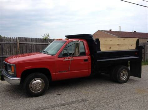 sell used 1995 gmc 3500 dump truck in willoughby ohio united states