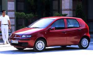 Fiat Punto Italy Italy 2001 Fiat Punto Leads Ford Focus Up To 2 Best
