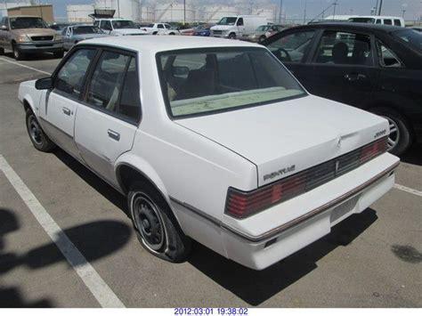 1982 Pontiac J2000 by 1982 Pontiac J2000 Le