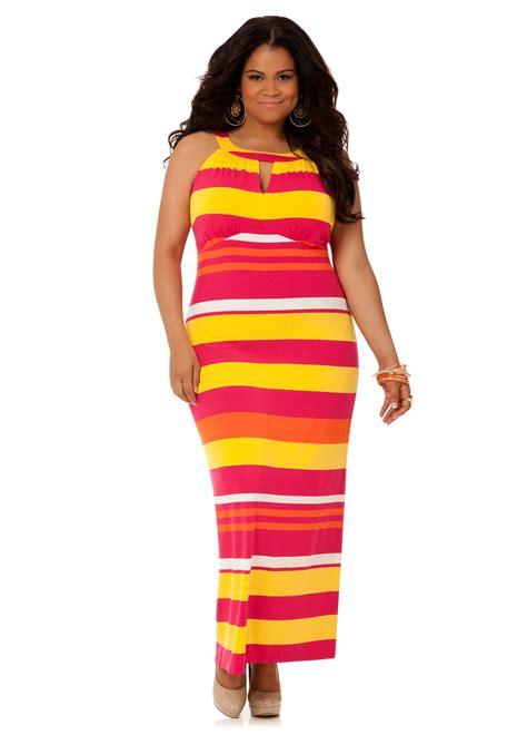 10 fun but stylish plus size maxi dresses plus model