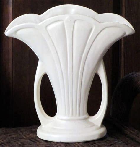 Hull Vase Value by Hull Vase House Of Hawthornes