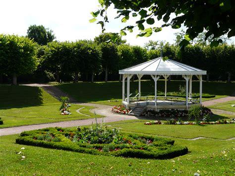 file loudun jardin jpg wikimedia commons