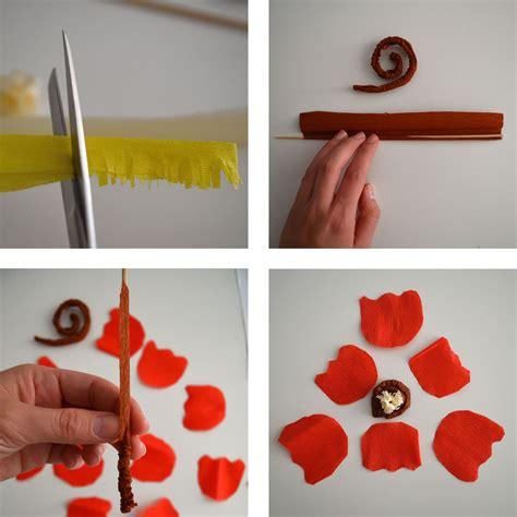 como hacer calas en papel crepe como hacer una flor de papel crepe