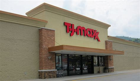 t j maxx marshalls homegoods to increase minimum wage