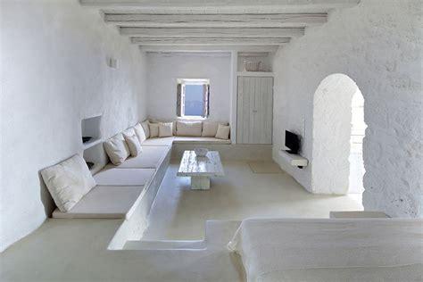 restoration   traditional residence  nisyros