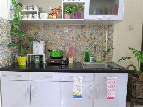 warna keramik dapur cantik  keramik dinding dapur