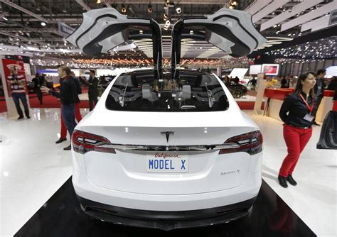 Tesla Car Price Canada Flurry Of Ins All Electrics Expected To Soon Hit