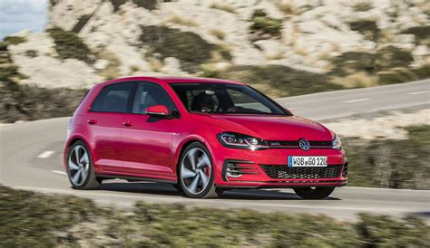 Volkswagen Gti Golf by 2017 Volkswagen Golf Gti Review Caradvice