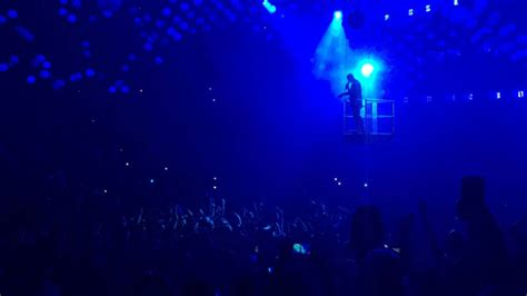 drake oracle live review drake on top and more exhausting than ever