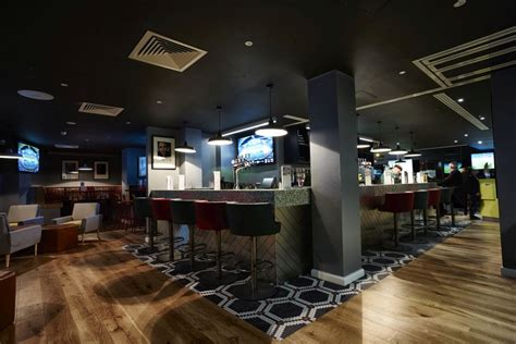 theme hotel manchester a look inside manchester s hotel football