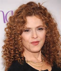 curly hair for 40 year hairstyles for thick wavy hair for women over 40 50 009