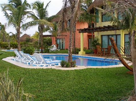 cozumel bungalow honeymoon bungalow with pool picture of
