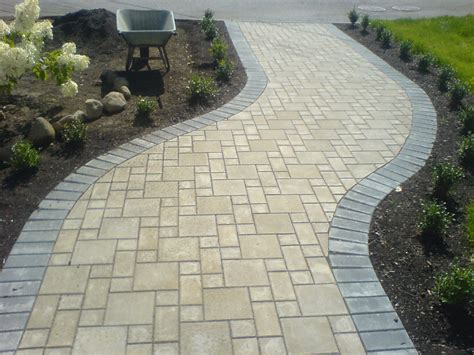 Paver Stone Patio Designs Paving Stone Patio Paver And Gravel Patio