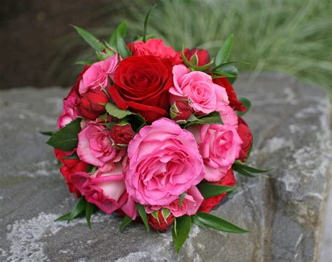 pink and red roses photo red red white wedding bouquets bb0572 pink and red