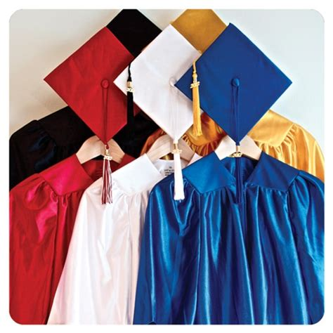 pattern for preschool graduation gown 17 best images about preschool graduation on pinterest