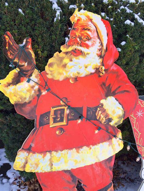 mike makes a u bild santa and reindeer lawn display from