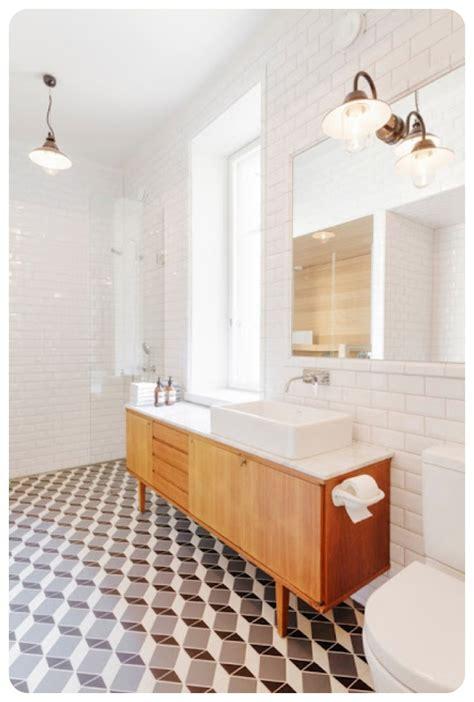 Vintage Subway Tile Bathroom » Home Design