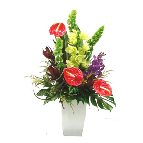 flower arrangment modern flower arrangement maten floral design